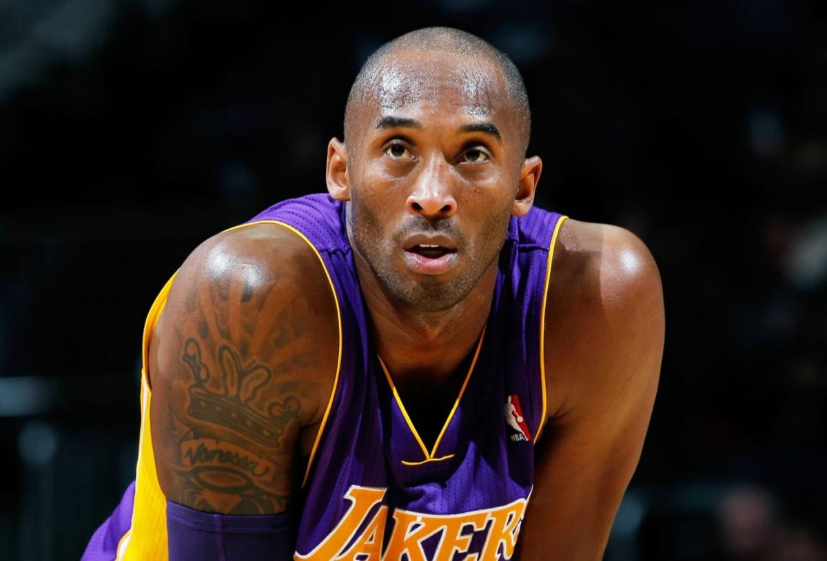 Dol profund per la mort d'una de les grans llegendes de la NBA