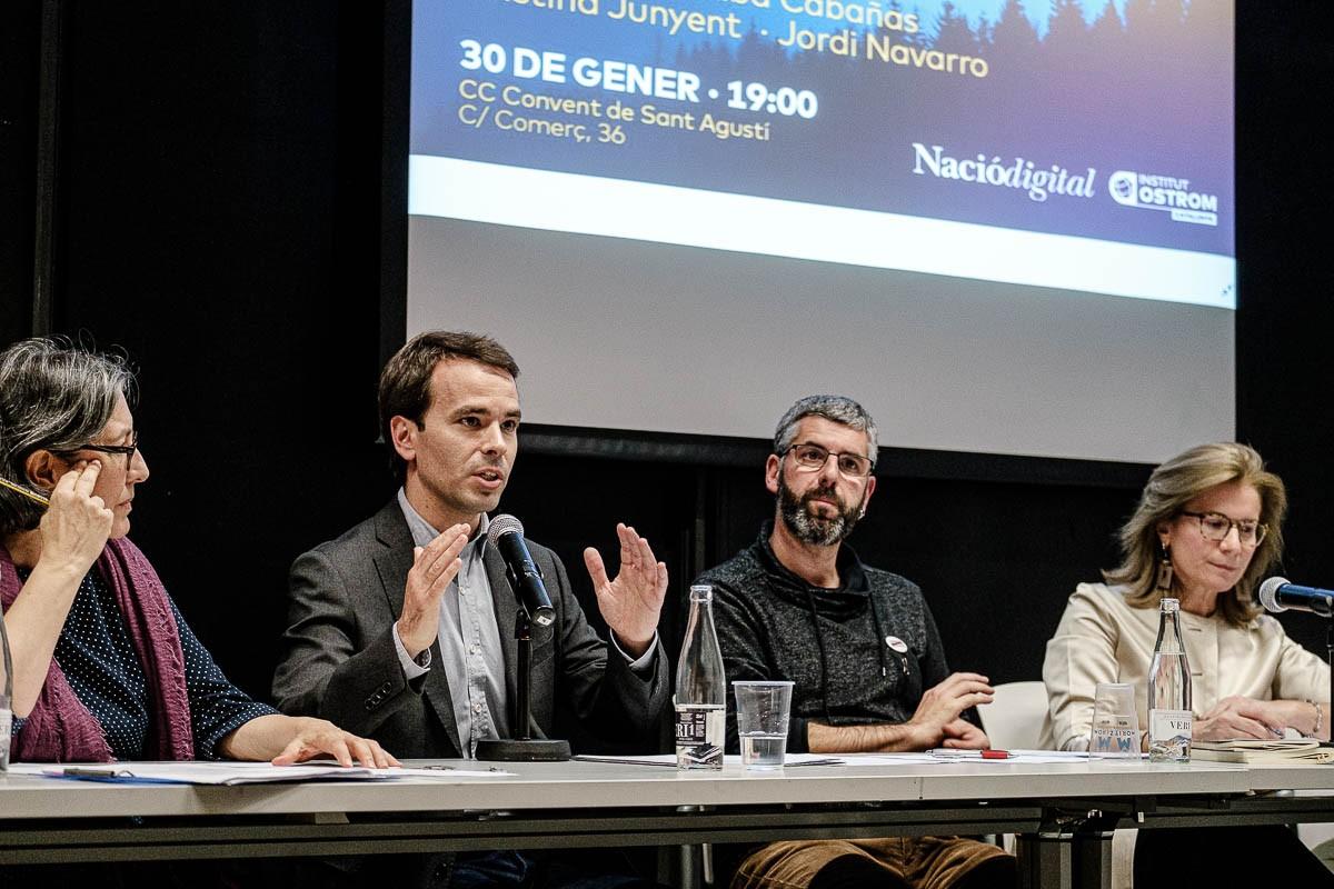 Els quatre ponents de l'acte ''Emergència climàtica. Com actuem'' organitzat per NacióDigital i l'Institut Ostrom