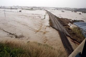 El tram final de la llevantada allarga l'alerta pel risc d'inundacions