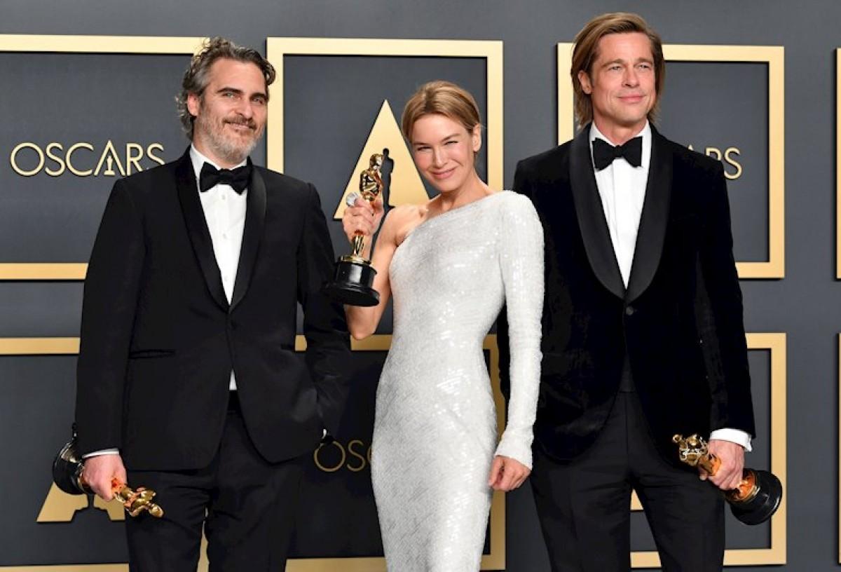 Joaquin Phoenix, Renée Zellweger i Brad Pitt han clavat Estopa a Trump