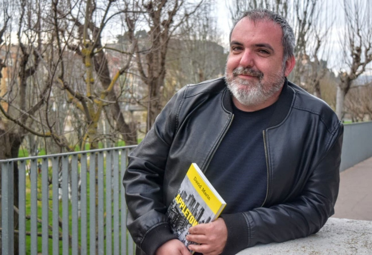 David Marín, periodista i professor