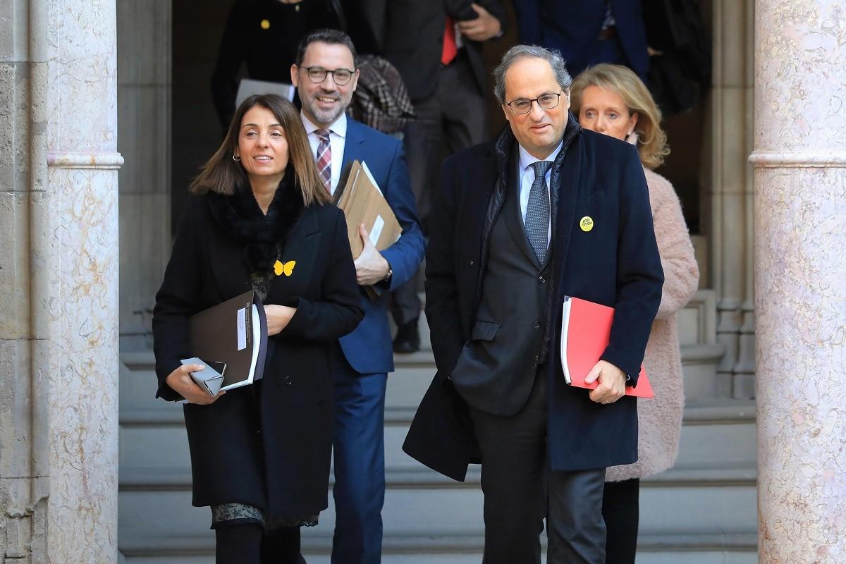 Quim Torra arriba a la reunió del Govern d'aquest dimarts.