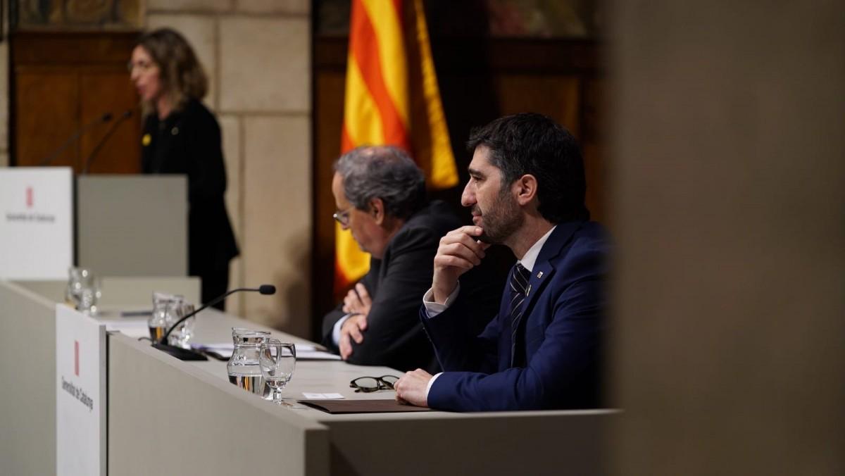 Jordi Puigneró, amb Quim Torra i Àngels Chacón de fons