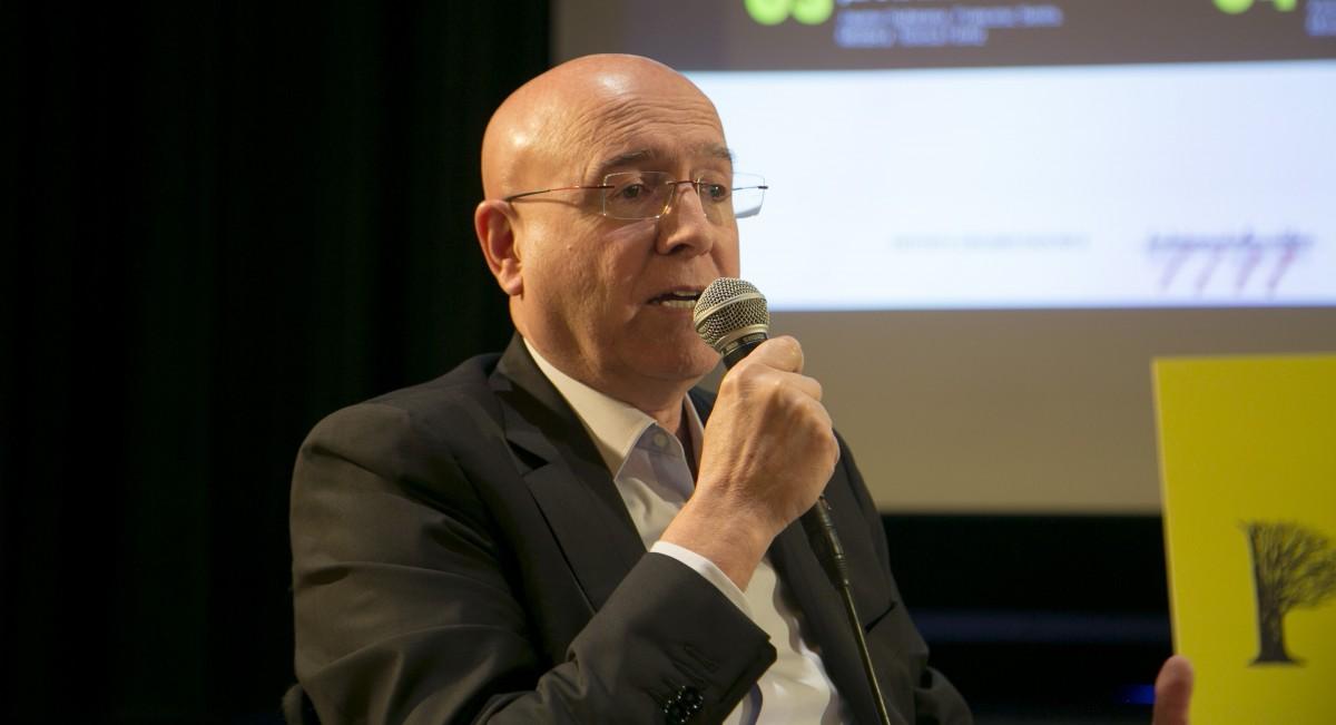 L'exconseller de Cultura i Mitjans de Comunicació Joan Manuel Tresserras, durant el debat organitzat per la Fundació Congrés de Cultura Catalana.