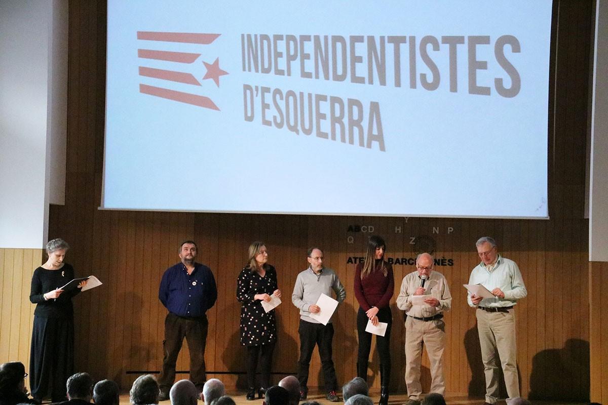 Signants del manifest 'Independentistes d'esquerra' a l'Ateneu Barcelonès