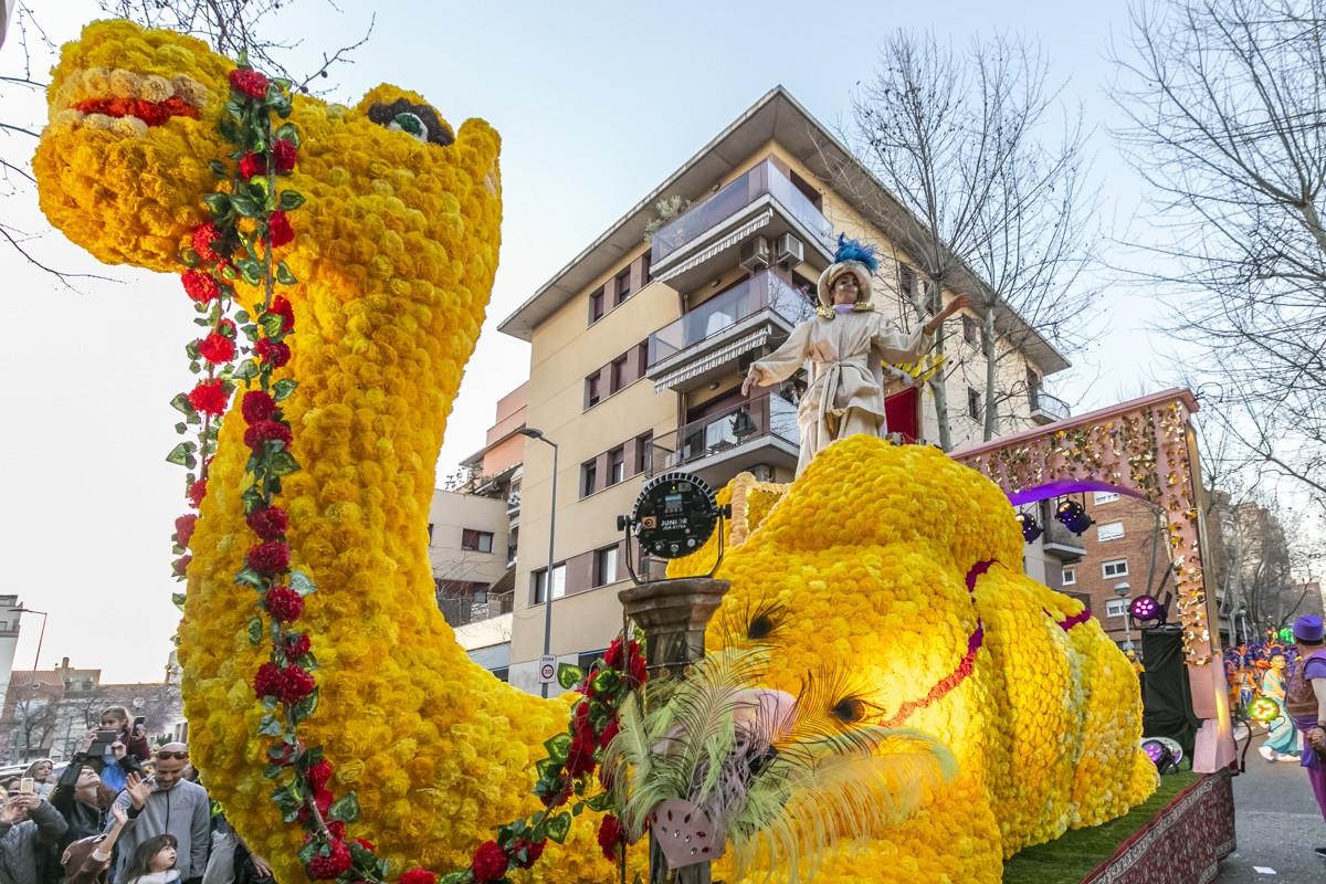 Imatge d'arxiu d'una comparsa de Carnaval