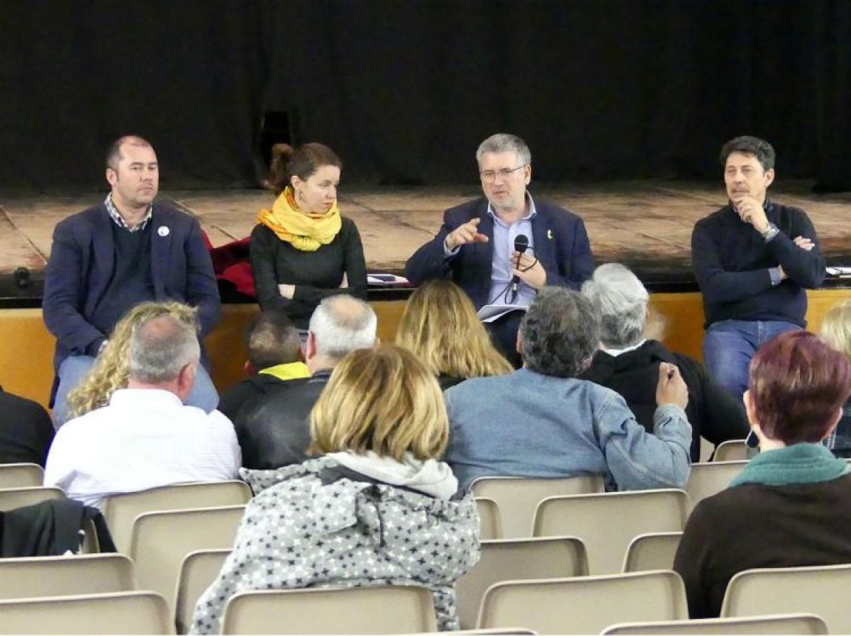 La reunió de l'Ajuntament de Tarragona amb els veïns per debatre sobre les actuacions en casos d'emergències químiques