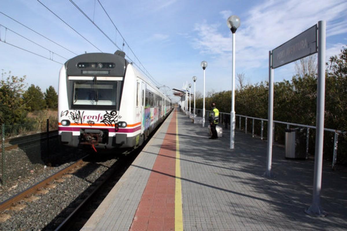 Tren de la nova línia R17 entre Tarragona i PortAventura