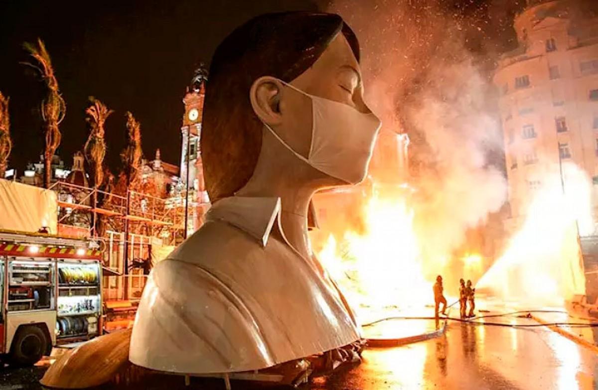 La falla municipal, en flames