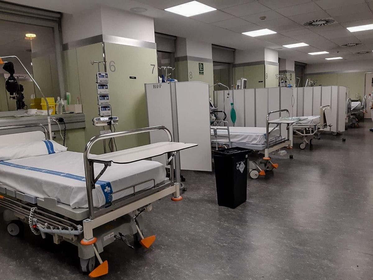 Una àrea de l'Hospital Trueta de Girona destinat a malalts de coronavirus.