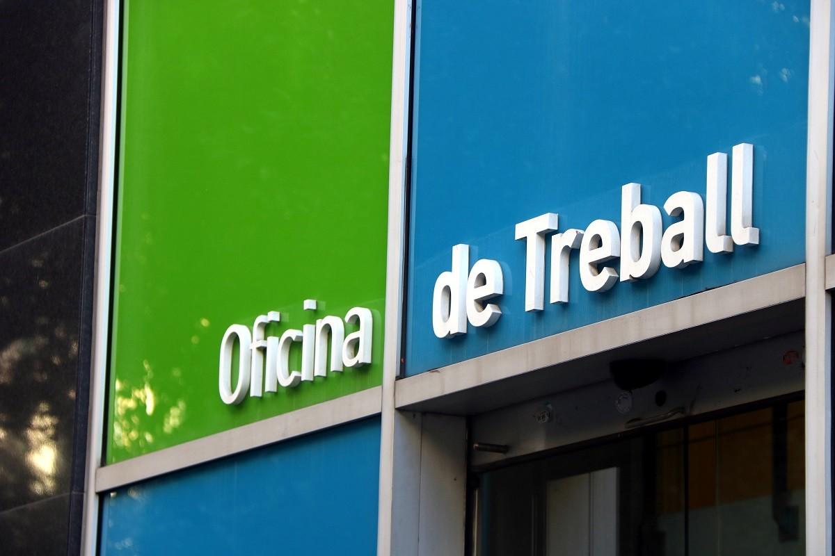 Un rètol d'una oficia del SOC a Catalunya