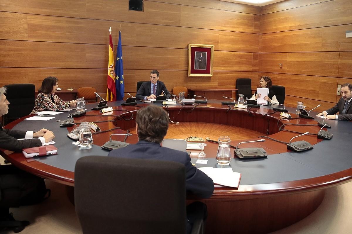 El consell de ministres, reunit de forma extraordinària aquest divendres
