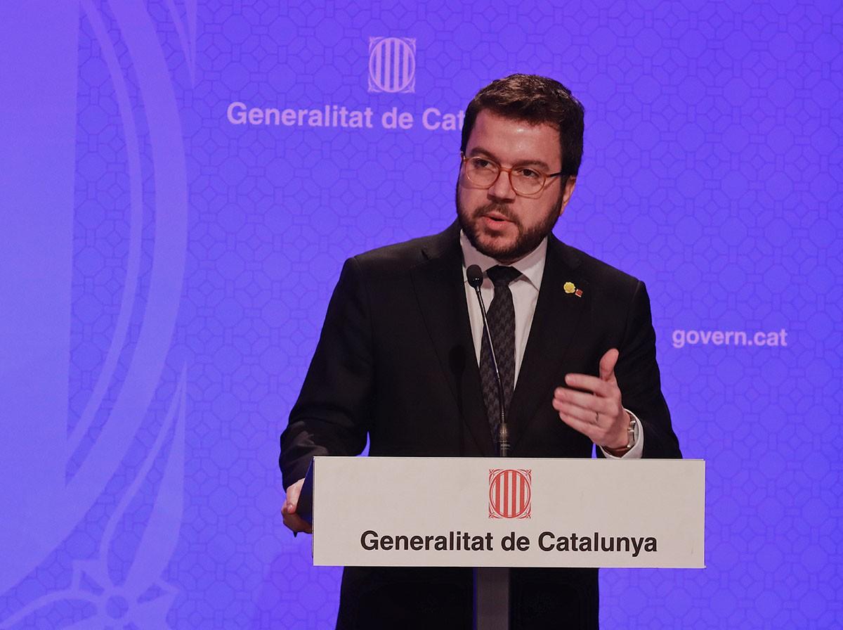 El vicepresident Aragonès, durant la roda de premsa de presentació de les mesures