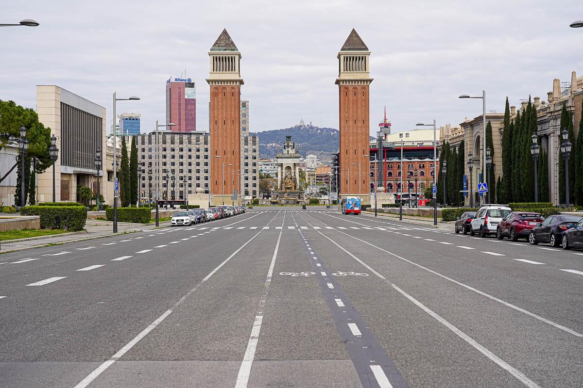 Els carrers de Barcelona s'han anat buidant amb el pas dels dies