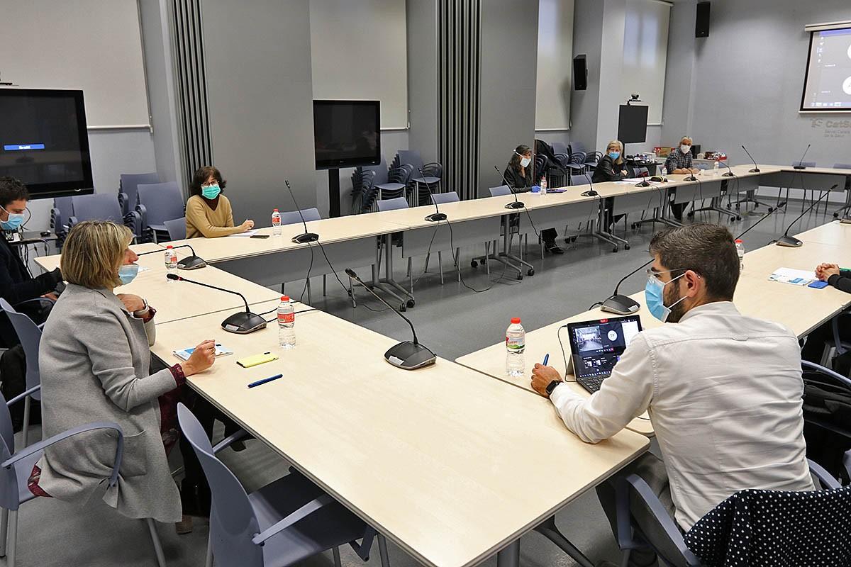 La reunió dels experts de Salut Pública presidida per la consellera Alba Vergés