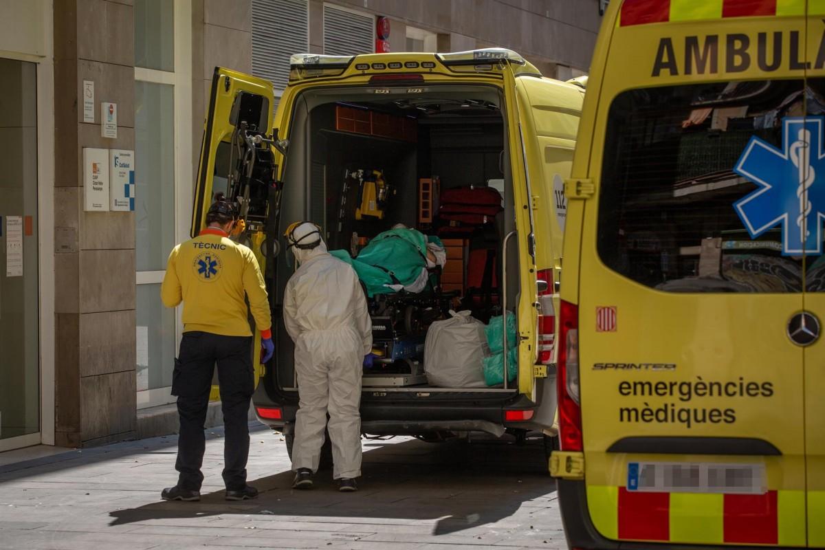 Cada cop serà més difícil contenir la pandèmia a la regió sense mesures dràstiques.