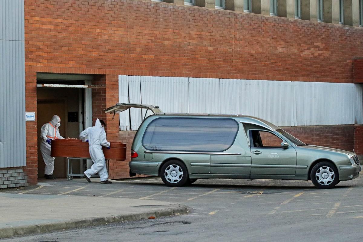 Els serveis funeraris treballant en plena crisi del coronavirus