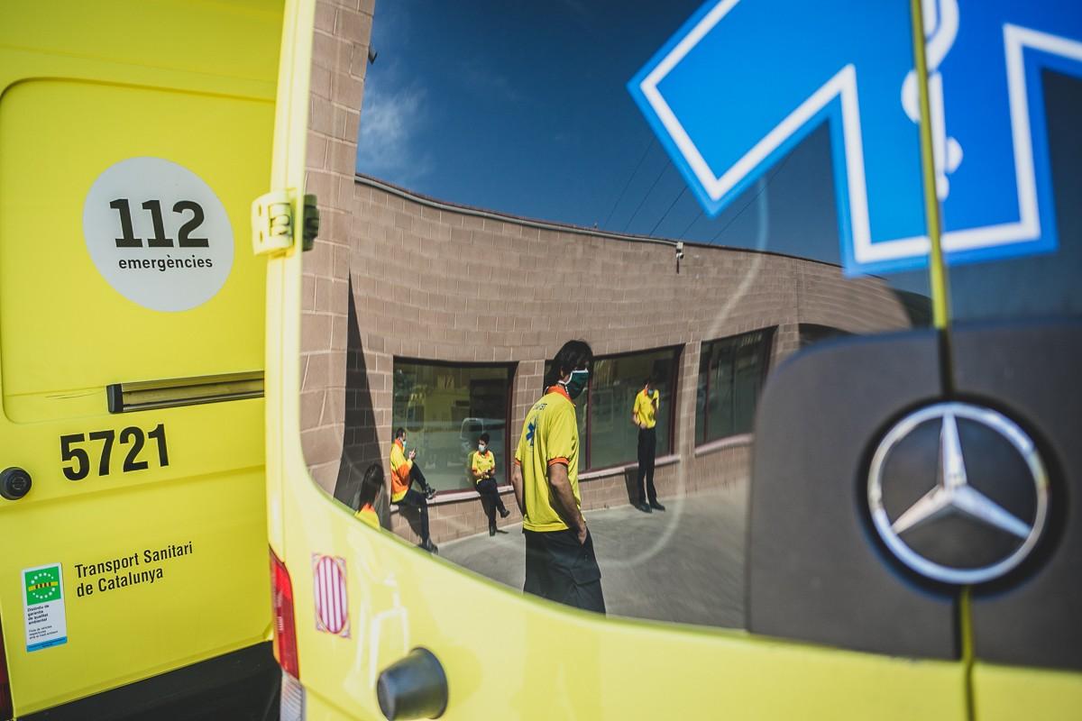 Reflex en el vidre d'una ambulància