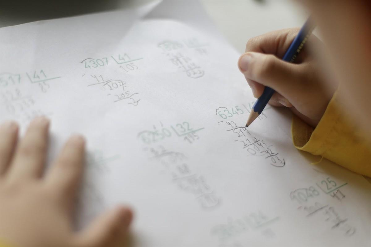 Escoles i institurs podran obriran quan s'entri a la fase 2.