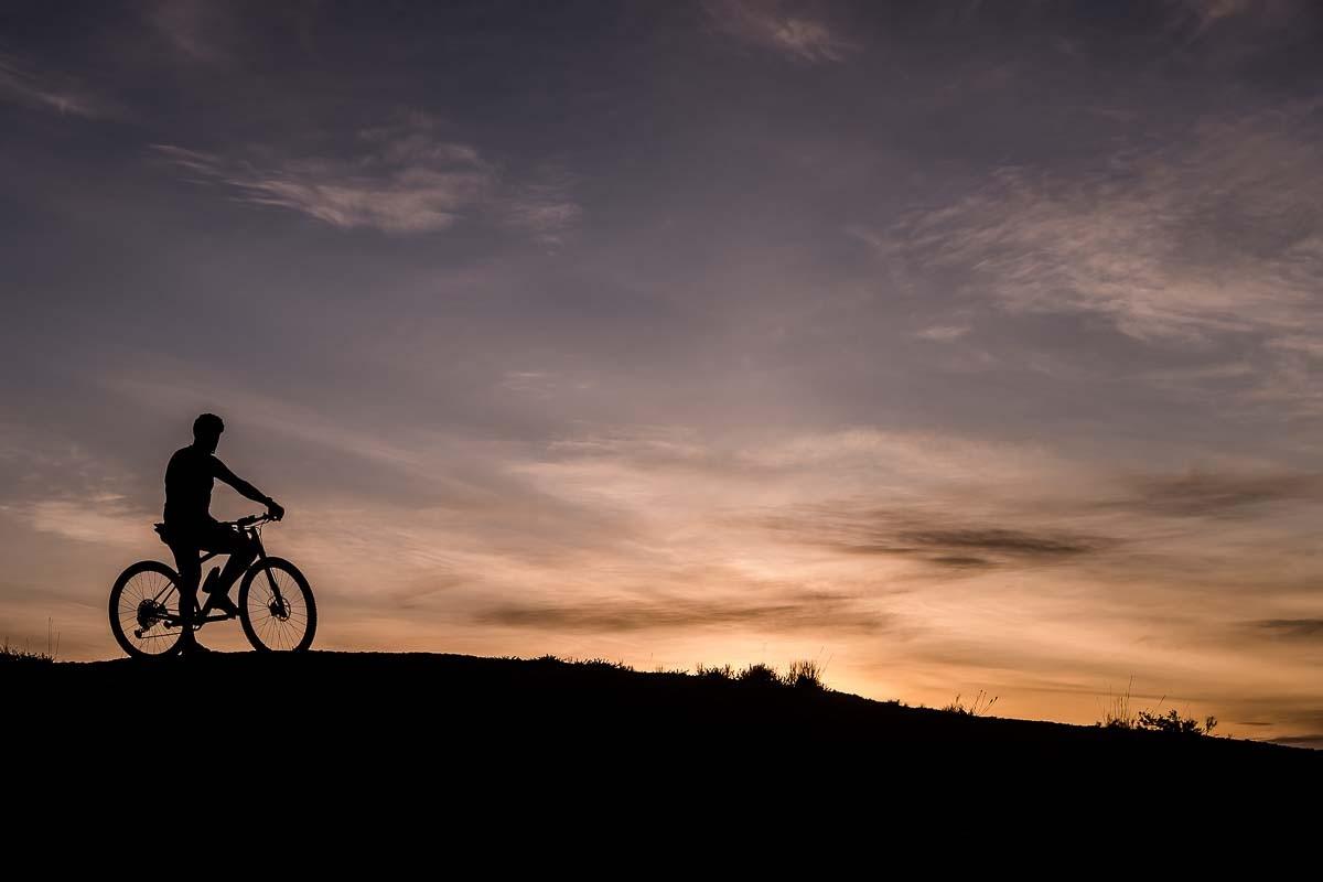Sortida de sol i bicicleta
