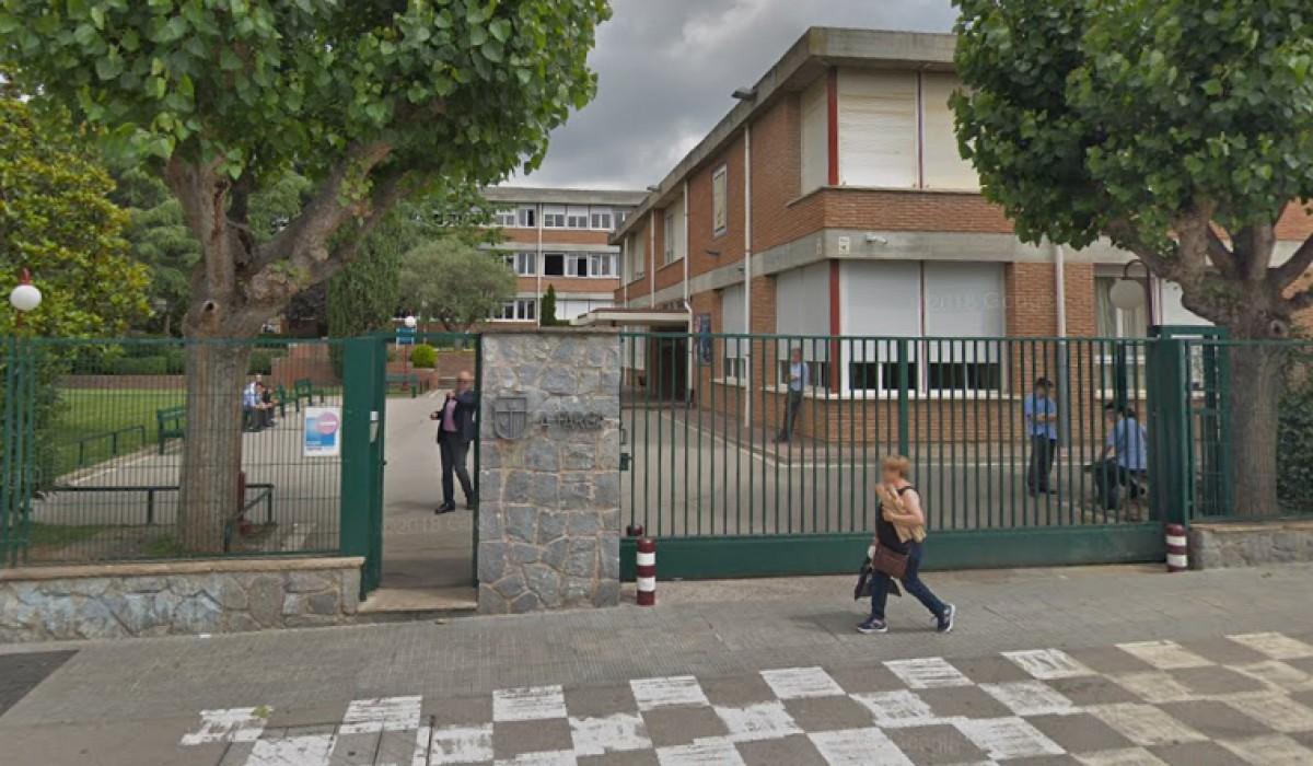 L'entrada de l'escola concertada La Farga.