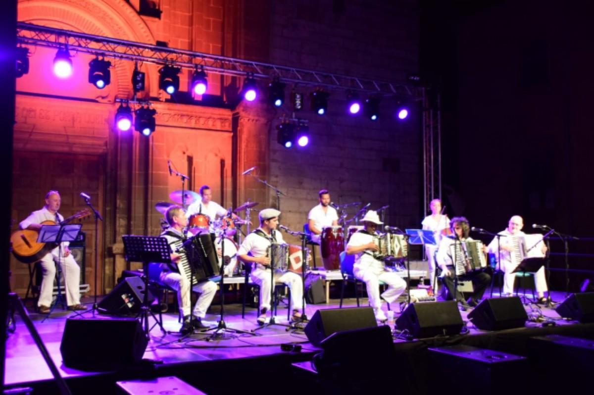 Trobada d'acordionistes al DesFOLCa't del 2019