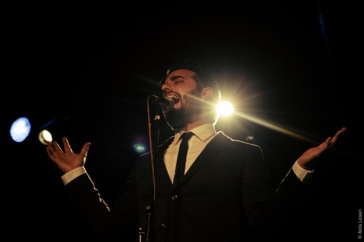 Pau Llop, líder i cantant del L'Home Llop & The Astramats