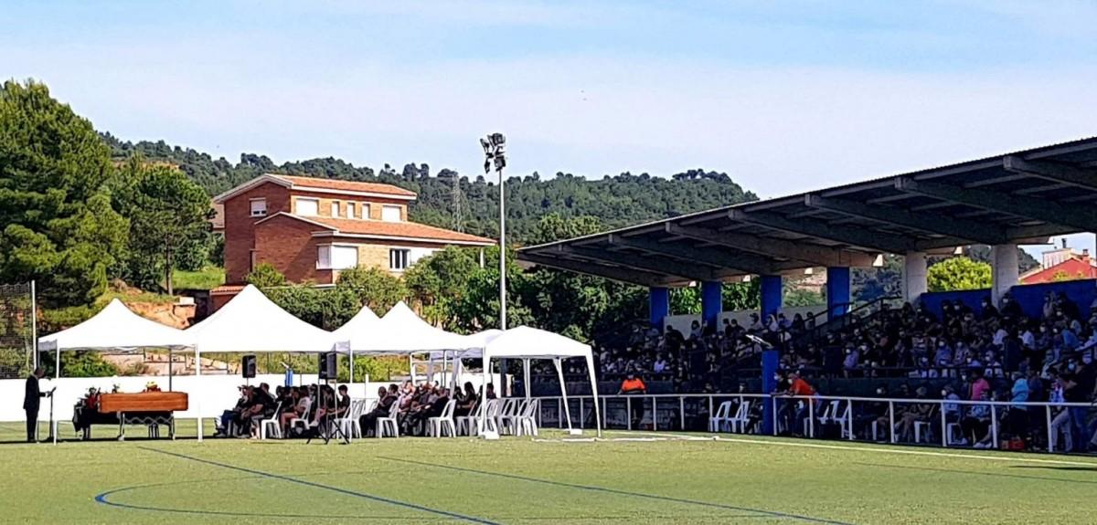 Funeral per Eusebio Bach al camp de futbol de Castellbell