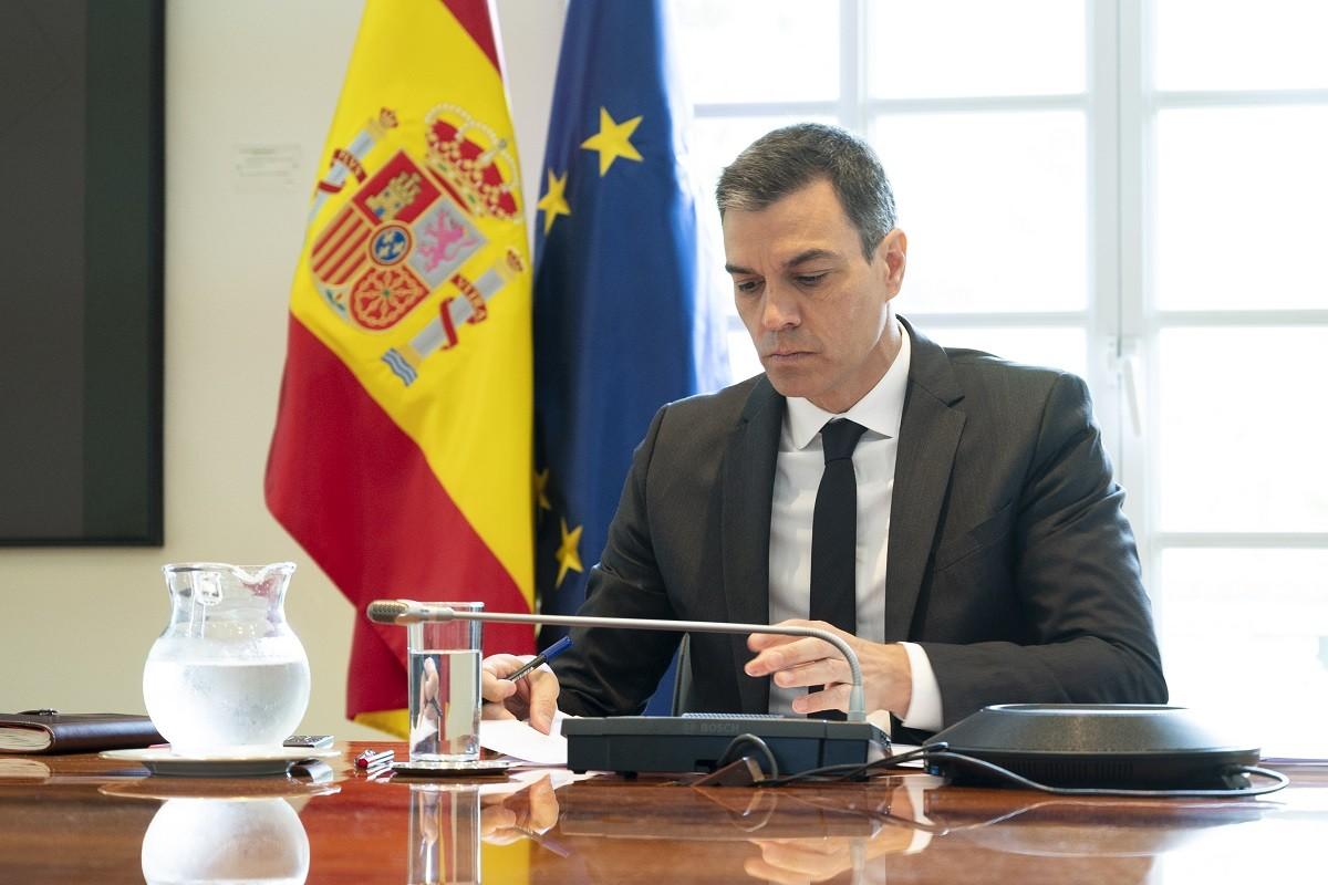 El president del govern espanyol, Pedro Sánchez, aquest diumenge a la Moncloa.