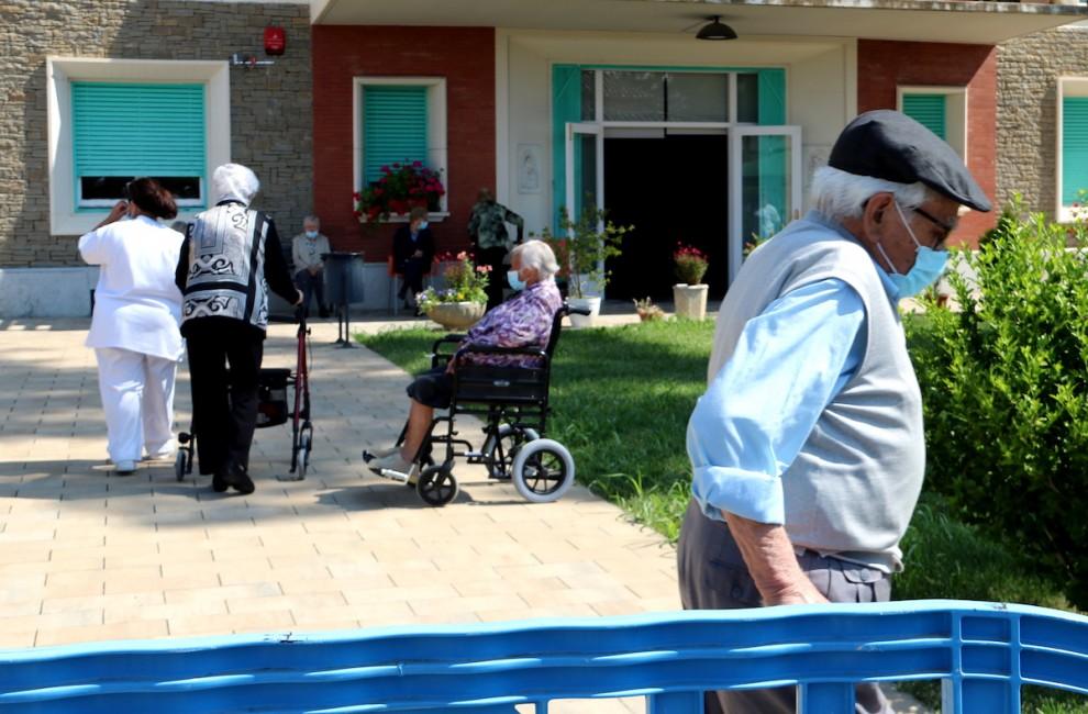 Gent gran en una residència