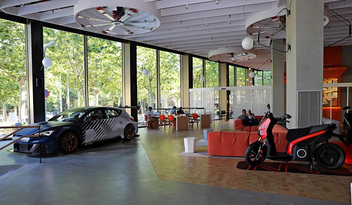 CASA SEAT. Un HUB per repensar la mobilitat urbana des del centre de Barcelona