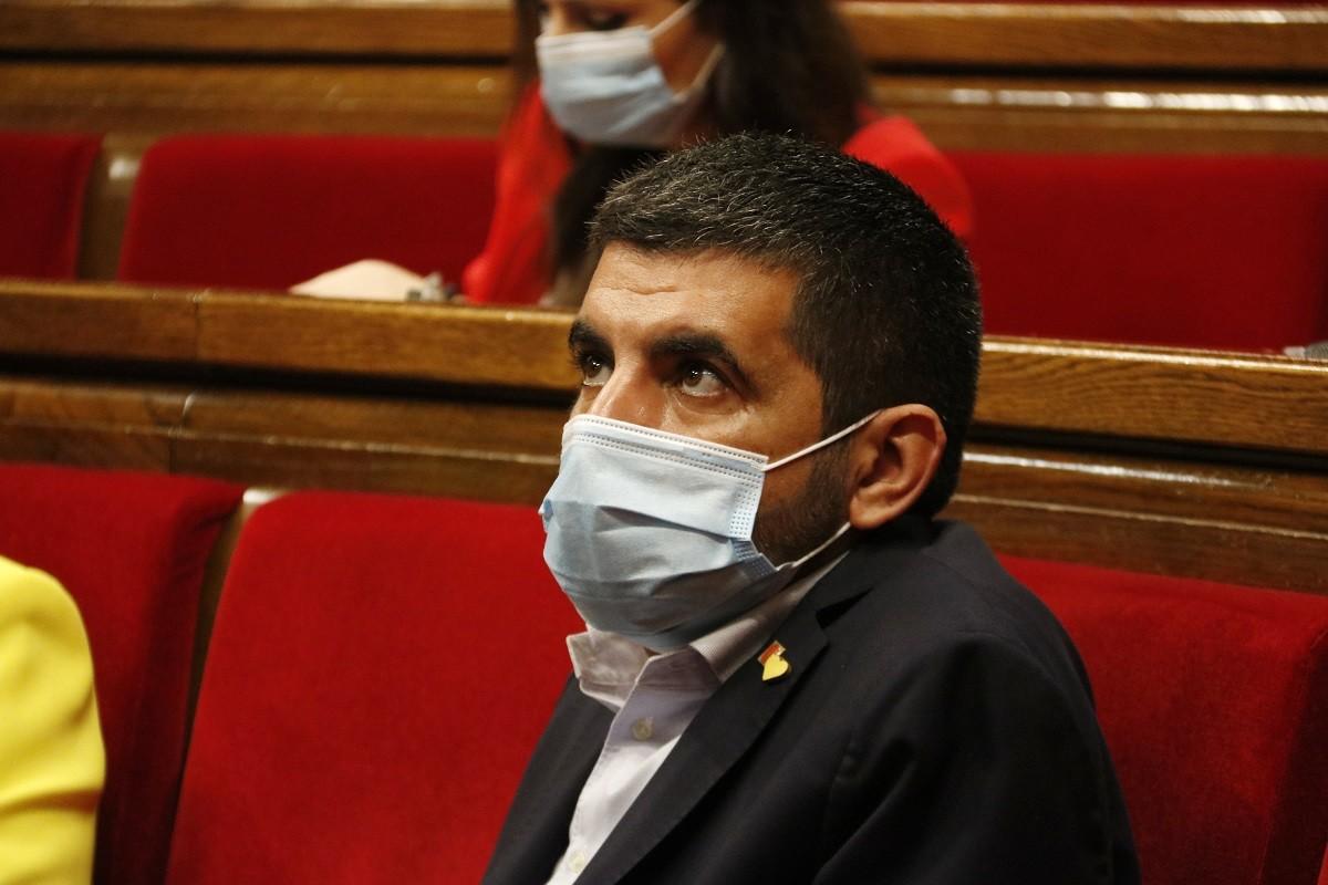 El conseller de Treball, Afers Socials i Famílies, Chakir El Homrani, al Parlament