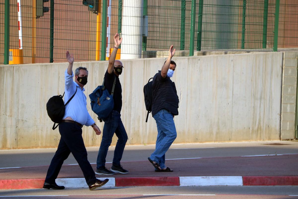 Oriol Junqueras, Raül Romeva i Joaquim Forn, entrant a la presó després de la suspensió del tercer grau