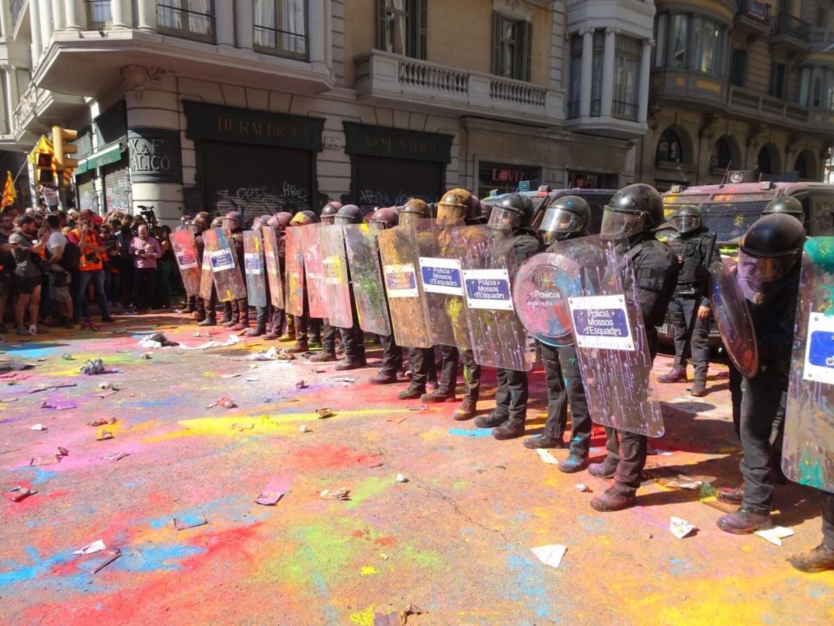 Protesta contra l'acte de Jusapol a Barcelona