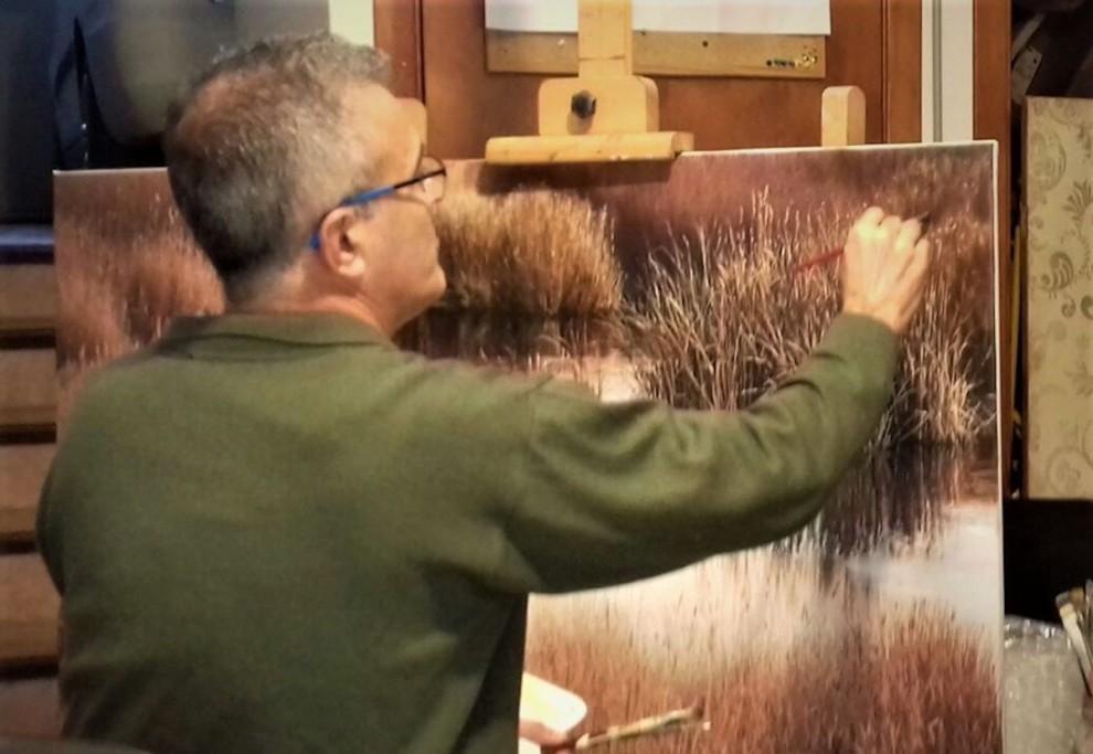 Seguer, pintant una de les seves obres
