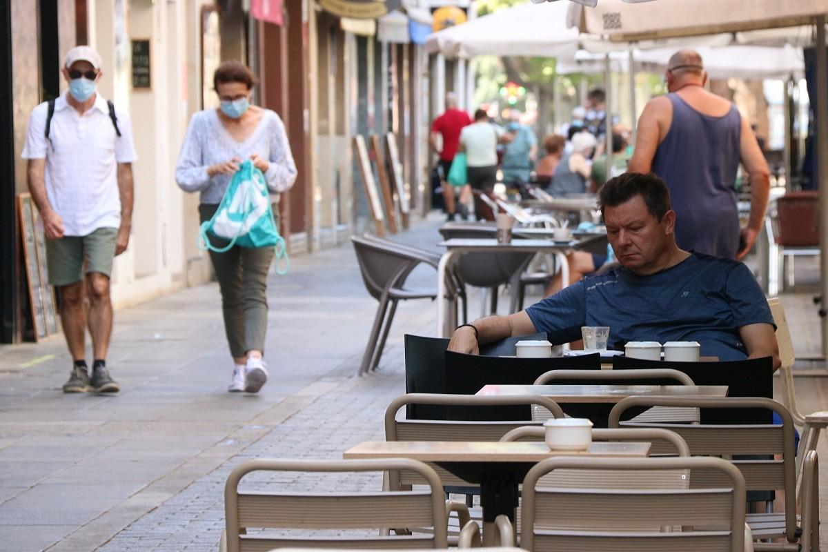 Els bars i els restaurants podran obrir amb restriccions