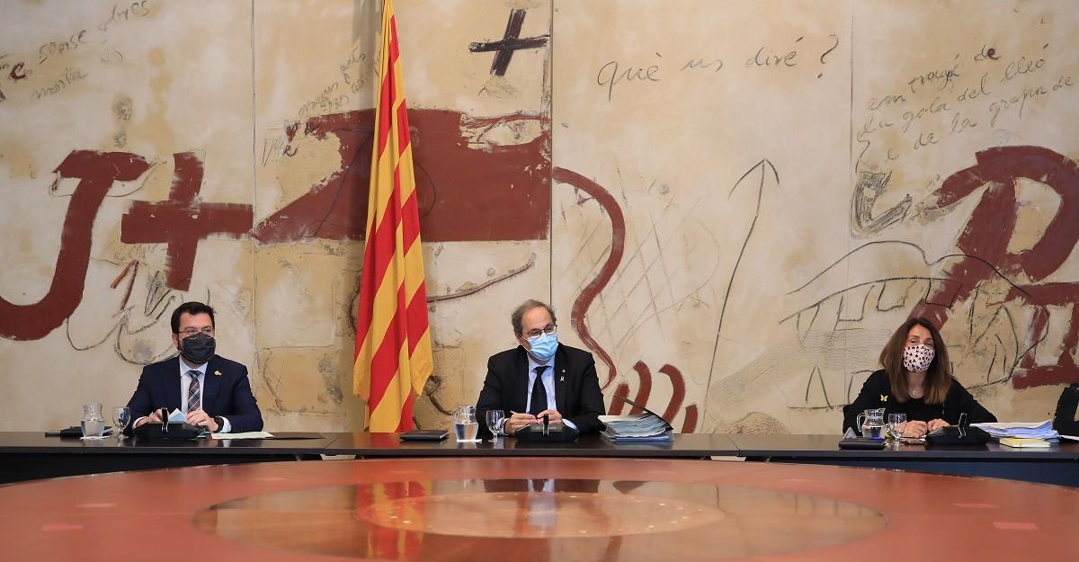 Quim Torra amb Pere Aragonès i Meritxell Budó a la reunió del Govern