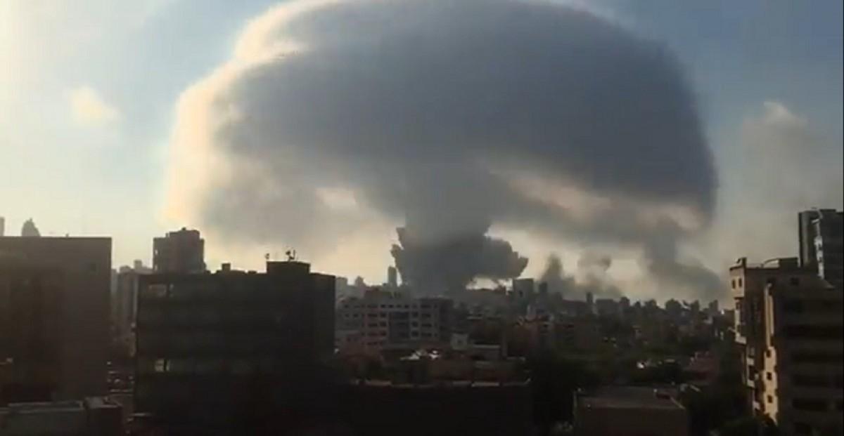 El bolet de l'explosió a Beirut.