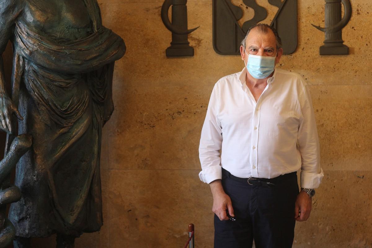 El doctor Fernando Vizcarro, a la seu del Col·legi de Metges de Tarragona.