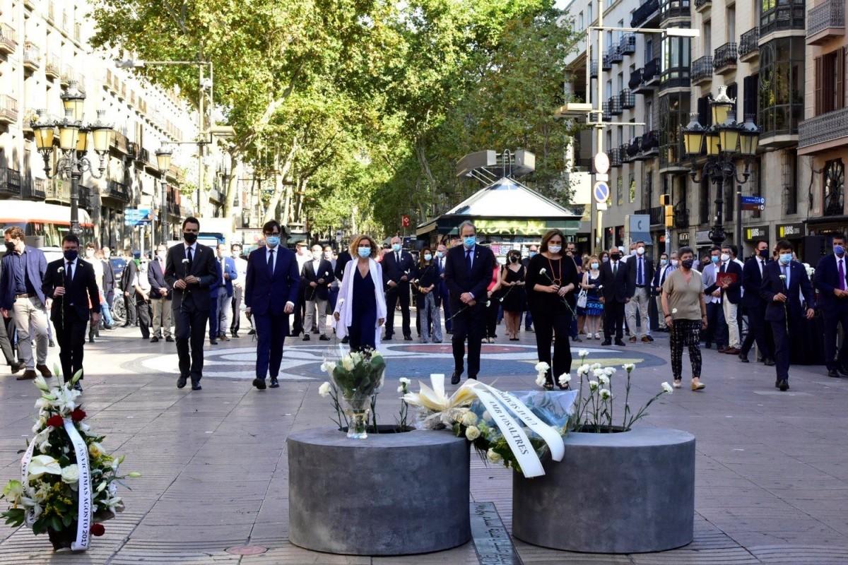 Homenatge a les víctimes del 17-A