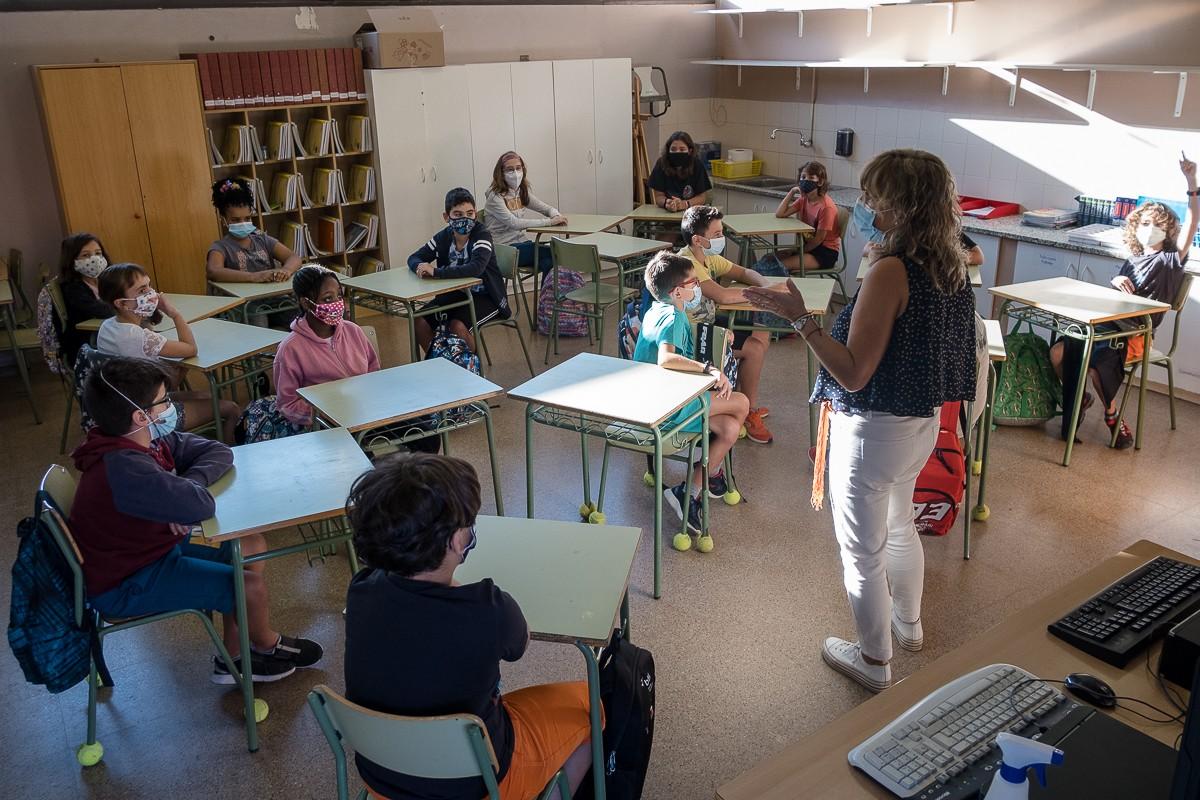 Primer dia de curs a l'escola Guillem de Mont-rodon de Vic