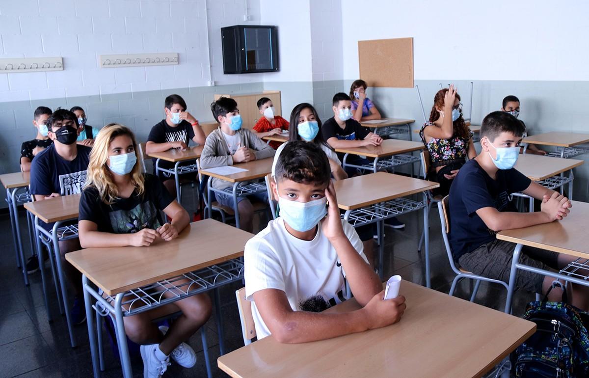 Una classe amb alumnes d'ESO a l'institut Cristòfol Despuig de Tortosa