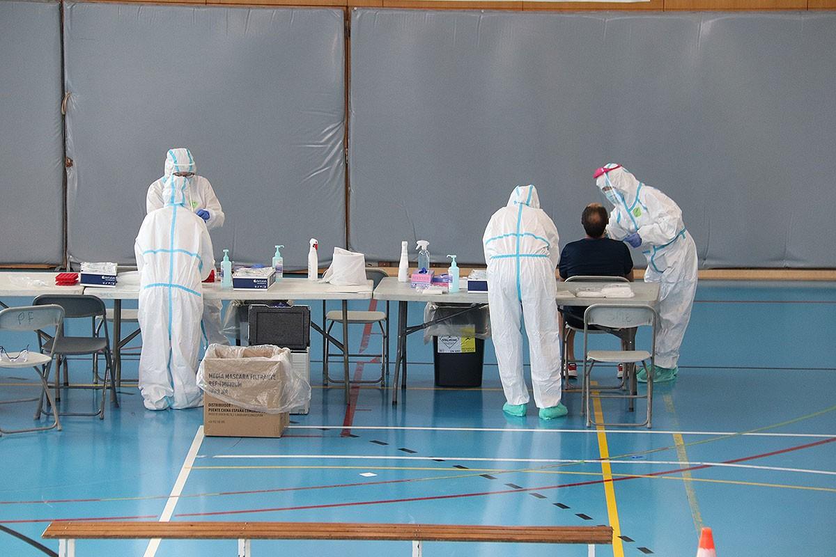 Un pavelló de Girona habilitat per fer PCR