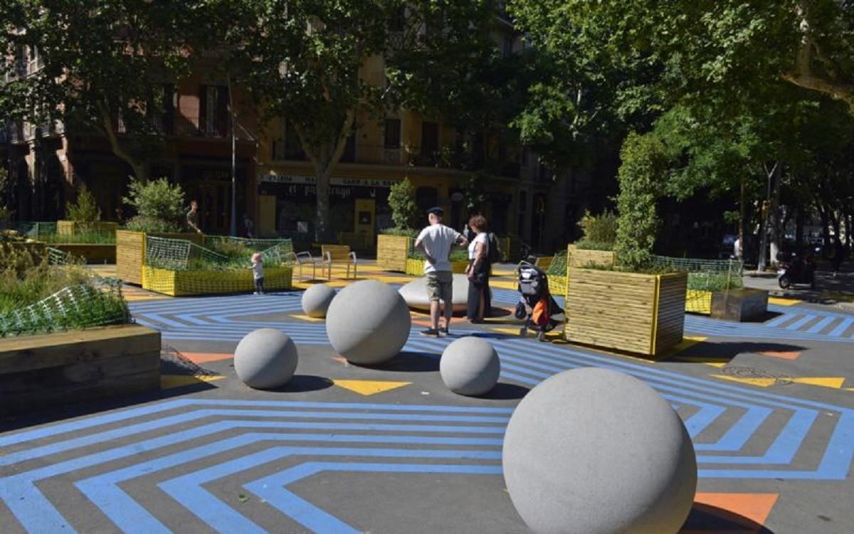 La nova plaça Conxa Pérez Collado