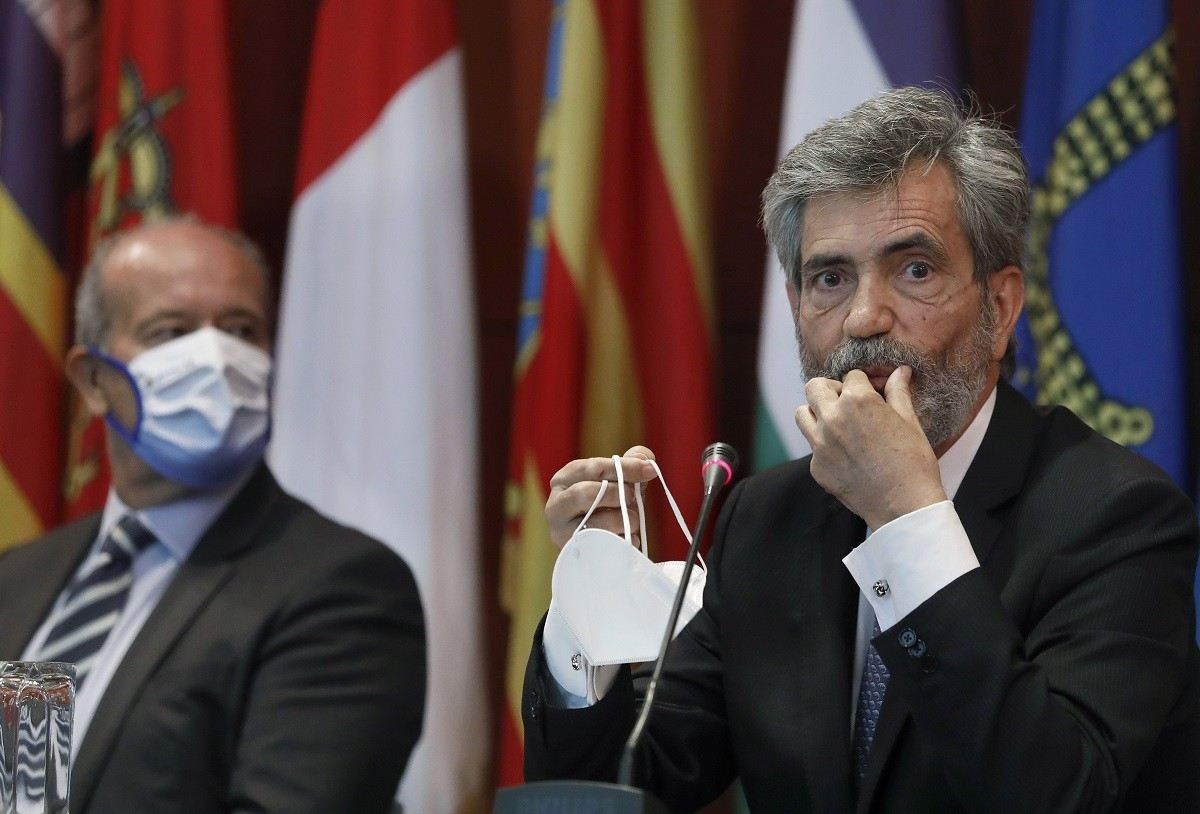 El president del CGPJ, Carlos Lesmes, al costat del ministre de Justícia, Juan Carlos Campo, en una imatge d'arxiu.