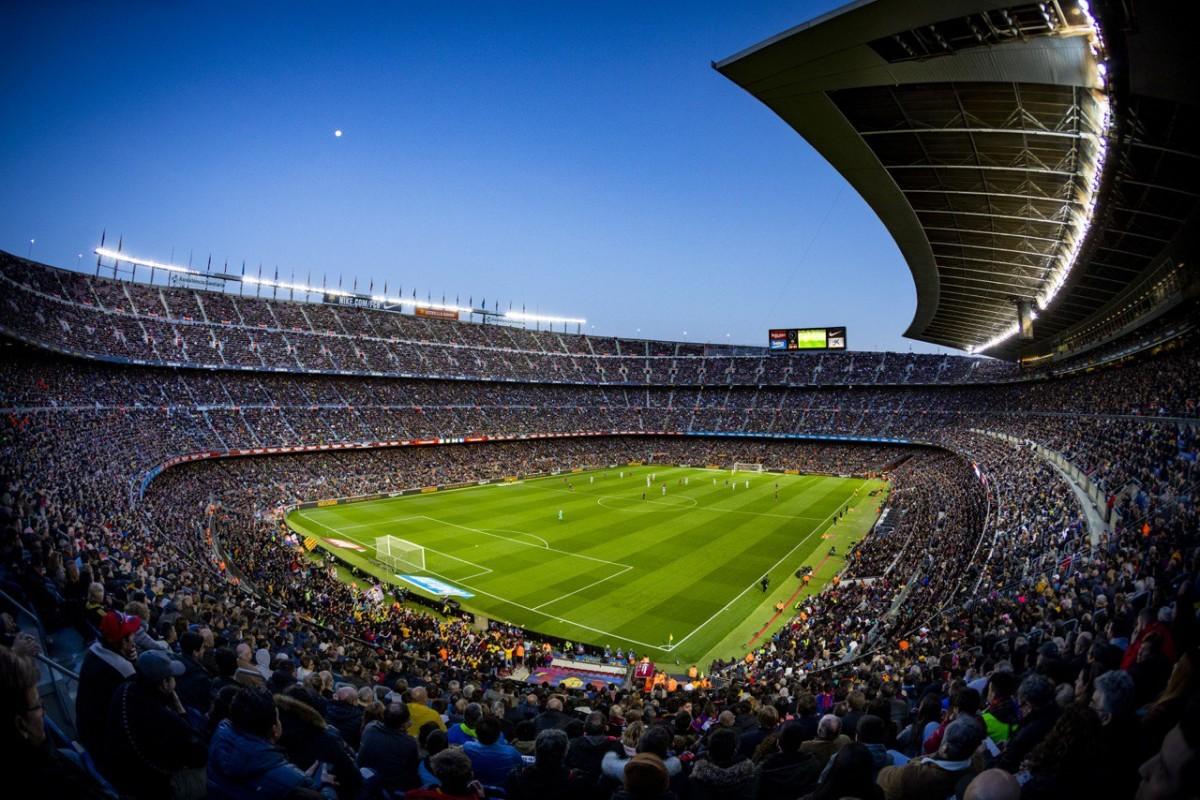 El Camp Nou, durant un mosaic