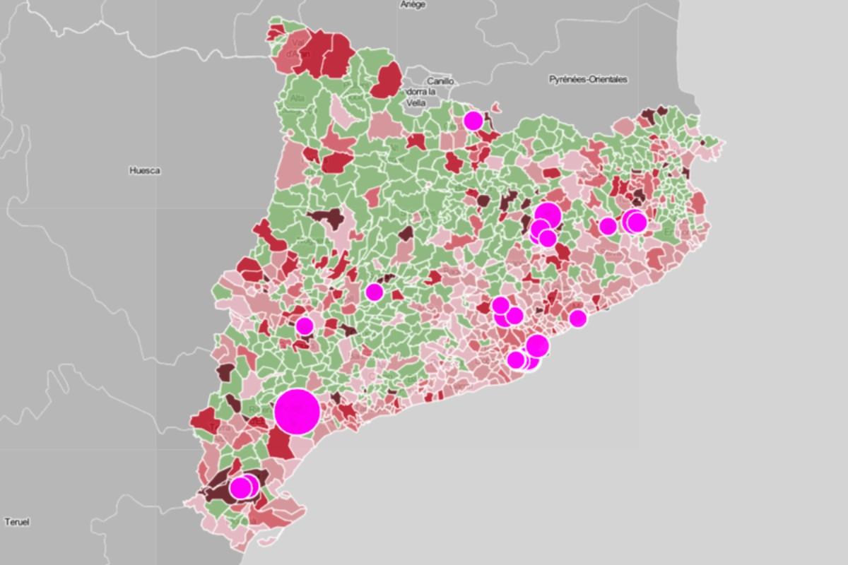 Mapa de la incidència recent del coronavirus als municipis i els principals brots.