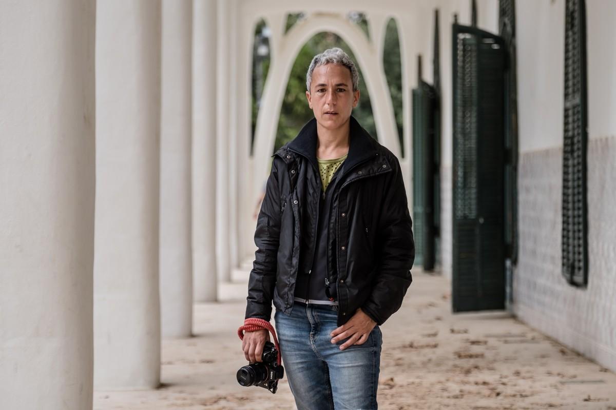 La fotoperiodista terrassenca Mireia Comas s'enfronta a un any de presó i a una multa per una agressió que nega