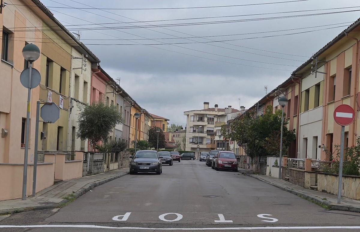 Un dels habitatges escorcollats és al carrer Pau Casals de Roda de Ter