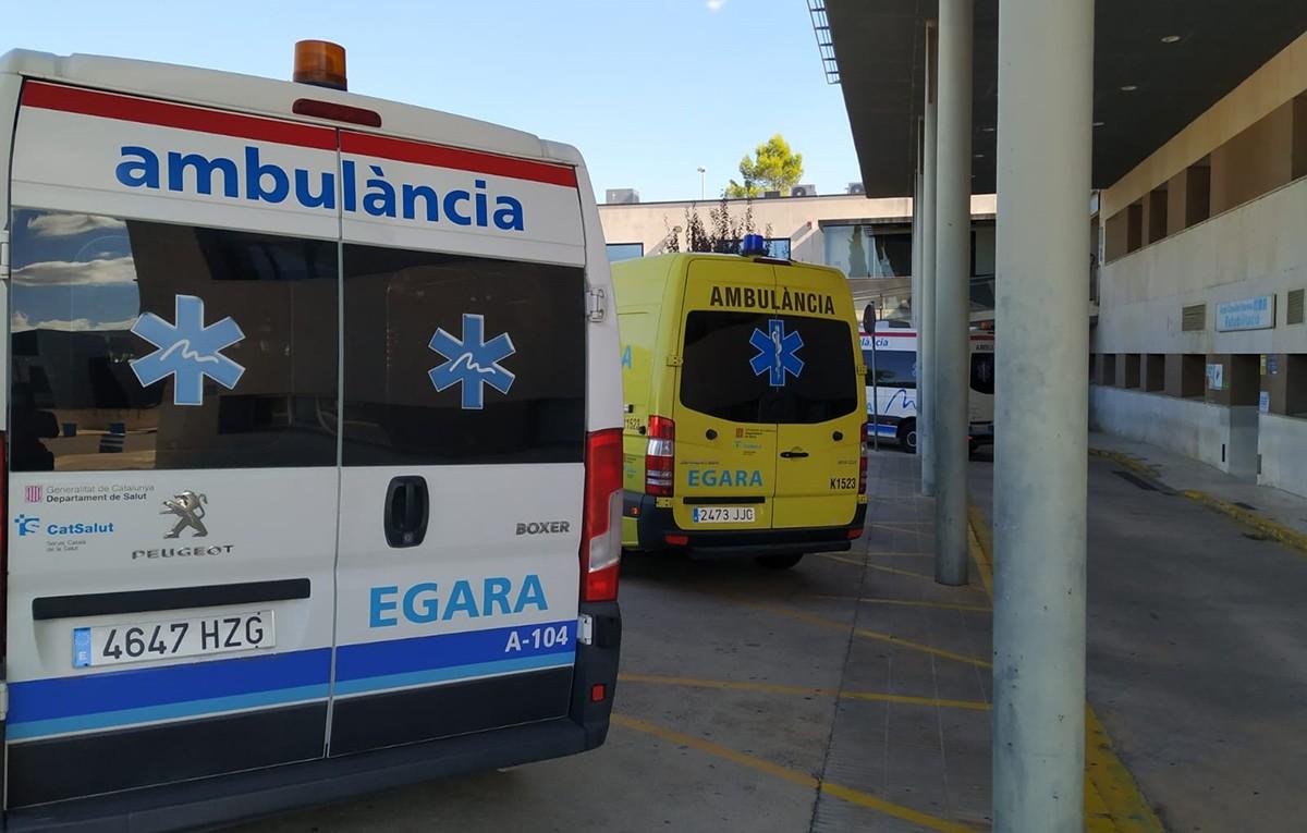 Zona d'aparcament d'ambulàncies de l'HTVC